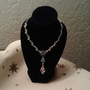 Lovely Necklace! Take a look!!
